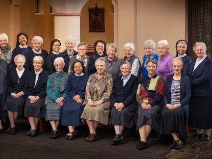 Kom en vraag: een kijkje in het klooster(leven)?